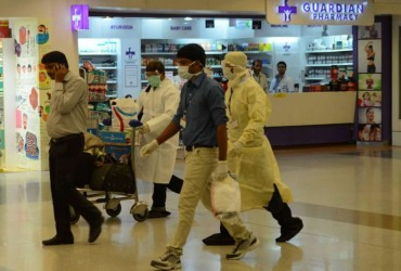 A man who is suspected to have contracted Ebola virus being taken to RML Hospital from IGI Terminal in New Delhi on Aug 26, 2014.