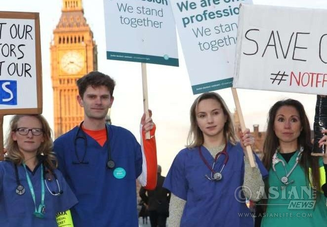 Junior doctors in protest in London @Twitter