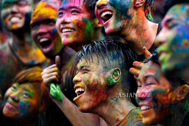 Fun Holi Fest Happy