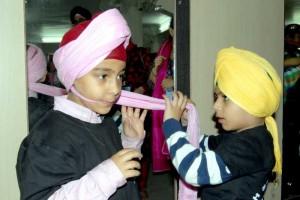 turban tying kids