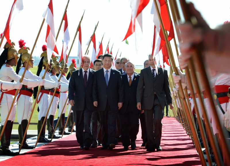 Chinese President Xi Jinping arrives at the National Congress in Brasilia, Brazil, on July 16, 2014. Xi on Wednesday met with Brazilian Senate President Renan Calheiros and President of the Chamber of Deputies Henrique Eduardo Alves in Brasilia.
