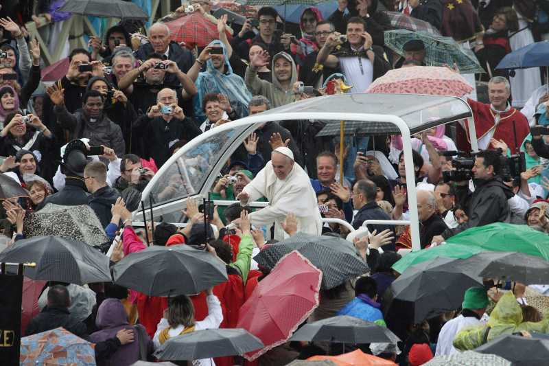Pope Francis Leads Confraternitis Mass