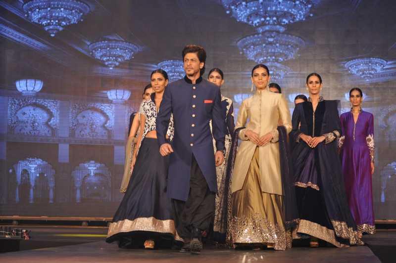 Actors Abhishek Bachchan, Deepika Padukone, Jackie Shroff, filmmaker Farah Khan, actors Boman Irani, Sonu Sood, Vivaan Shah, Shahrukh Khan, singers Shekhar Ravjiani and Vishal Dadlani during the trailer launch of film Happy New Year in Mumbai.