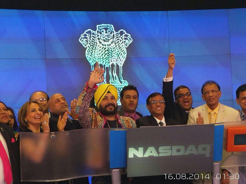 Indian pop musician Daler Mehndi was invited as the Guest of Honour alongside U.S. Congressman Mr. Pete Sessions, for the National Indian American Public Policy Institute's (NIAPPI) 'Azadi Diwas' celebrations in New York. Daler Mehndi also graced the closing bell ceremony at the NASDAQ Stock Exchange at the heart of the city. (Photo: IANS)