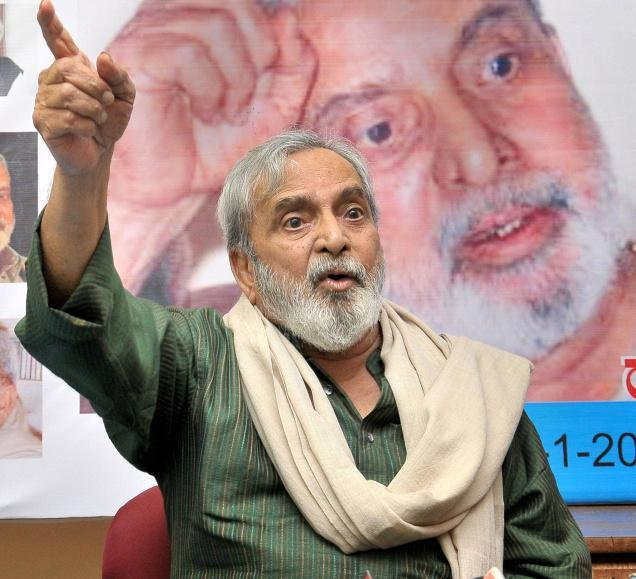 (A file Photo) Jnanpith award winning litterateur UR Ananthamurthy who breathed his last at a Bangalore hospital on Aug 22