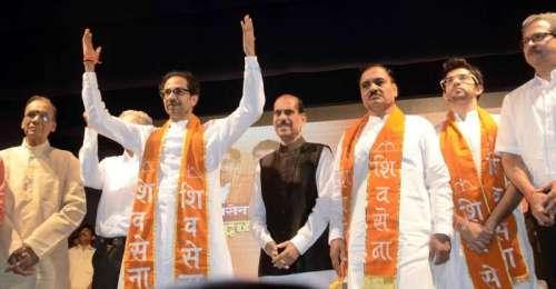 Shiv Sena chief Uddhav Thackeray, party leader Manohar Joshi, Yuva Sena chief Aditya Thackeray and others during a party meeting at Rang Sharda in Bandra of Mumbai