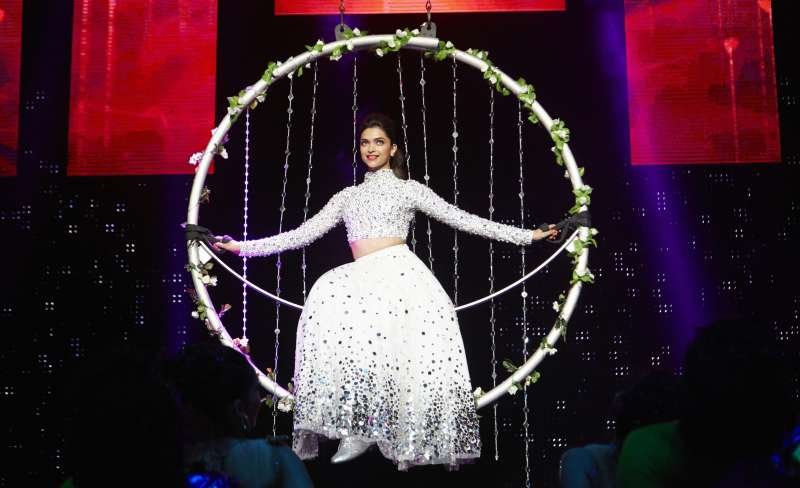 Actress Deepika Padukone performs during `SLAM! - The Tour` in United States of America. Filmmaker Farah Khan, actors Malaika Arora Khan, Shah Rukh Khan, Abhishek Bachchan, Boman Irani, Sonu Sood, Vivaan Shah and singers Kanika Kapoor and Honey Singh also performed in the programme organised at Toyota Center in Houston, and Continental Arena in New Jersey on 19th September and 20th September respectively.