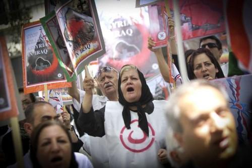 IRAN-TEHRAN-ISIL-PROTEST