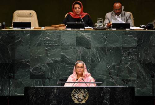 (140927) -- NEW YORK, Sept. 27, 2014 (Xinhua) -- Sheikh Hasina (front), Prime Minister of Bangladesh, speaks during the general debate of the 69th session of the United Nations General Assembly, at the UN headquarters in New York, on Sept. 27, 2014. (Xinhua/Wang Lei)