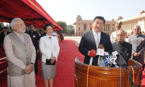 President Pranab Mukherjee and Chinese President Xi Jinping jointly address a press conference after latter's ceremonial welcome at Rashtrapati Bhawan in New Delhi