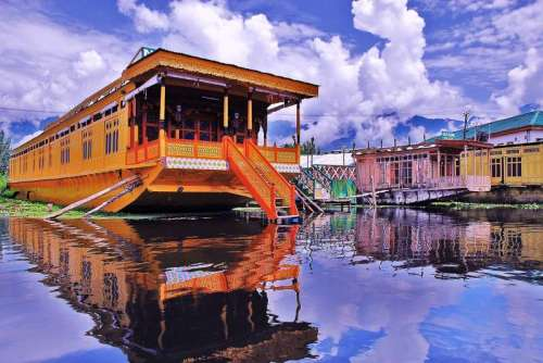 house boat kashmir dal lake