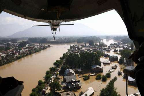 An aerial view of flooded Srinagar town in Jammu and Kashmir as seen from an IAF helicopter