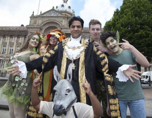 UNITY IN DIVERSITY: Lord Mayor of Birmingham Cllr Shafique Shah gets ready for the Lord Mayors Show with students from the Birmingham Ormiston Academy dressed as Shakesperian Caharcters. (l-r) Laura Ward, Bradley Layton, Rosanne Zwane, Lauren Kelloway and Zach Hayes.