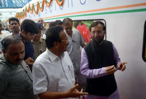 The Minister of State for Information and Broadcasting (Independent Charge), Environment, Forest and Climate Change (Independent Charge) and Parliamentary Affairs, Prakash Javadekar with the Union Minister for Railways, D.V. Sadananda Gowda during flagging off ceremony of `The Science Express - Biodiversity Special` at Safdarjung Railway Station, in New Delhi. FILE PHOTO