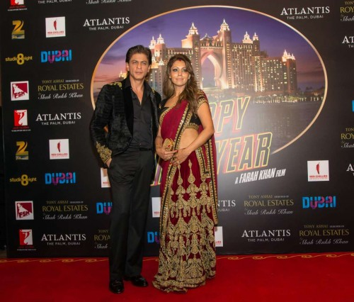 Mumbai: Actor Shah Rukh Khan along with his wife Gauri Khan during the World premiere of film Happy New year in Dubai. (Photo: IANS)