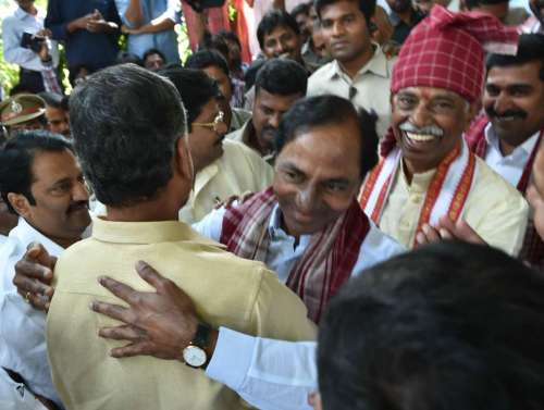 Andhra Pradesh Chief Minister N. Chandra Babu Naidu and Telangana Chief Minister K. Chandrashekar Rao at the Dushera programm organized by BJP MP Bandaru Dattatreya in Hyderabad
