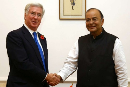 The Secretary of State for Defence, United Kingdom, Mr. Michael Fallon calling on the Union Minister for Finance, Corporate Affairs and Defence, Shri Arun Jaitley, in New Delhi on October 30, 2014.