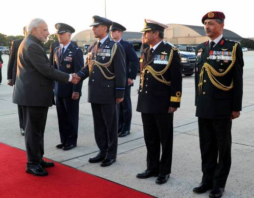 The Prime Minister, Shri Narendra Modi being seen off by the Protocol Officials on his departure from Washington DC on September 30, 2014.