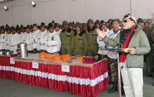 The Prime Minister, Shri Narendra Modi addressing the Officers and Jawans of the Indian Armed Forces, at Siachen Base Camp, during his surprise visit to Siachen on October 23, 2014.