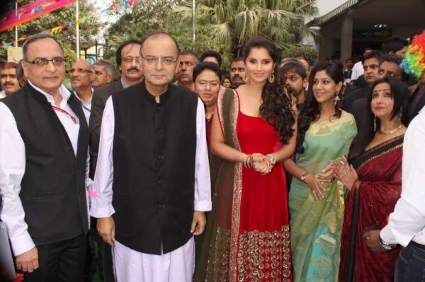 Union Minister, Finance, Corporate Affairs Arun Jaitley, Film director Shyam Benegal, Indian tennis player Sania Mirza with actresses Sakshi Tanwar and Divya Dutta during the inaugural function of National Children`s Film Festival in New Delhi, on Nov 14, 2014. (Photo: Amlan Paliwal/IANS)