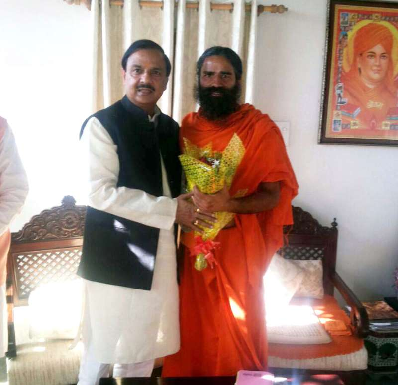 Minister of State for Culture & Tourism Dr. Mahesh Sharma meets the Yoga Guru, Baba Ramdev, in Haridwar
