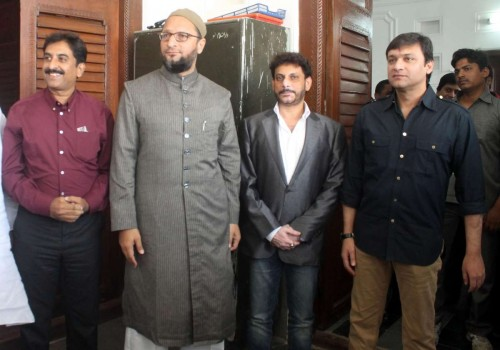 Hyderabad: Maharashtra MIM legislators Imtiaz Jaleel and Waris Yusuf Pathan call on party chief Asaduddin Owaisi in Hyderabad