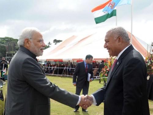 The Prime Minister, Shri Narendra Modi being welcomed by the Prime Minister of Fiji, Mr. Frank Bainimarama at traditional welcome ceremony, in Suva, Fiji on November 19, 2014.