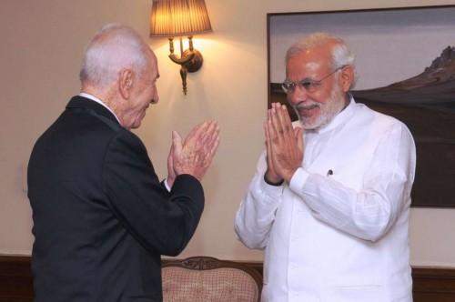 The former President of Israel, Mr. Shimon Peres calls on the Prime Minister, Shri Narendra Modi, in New Delhi on November 06, 2014.
