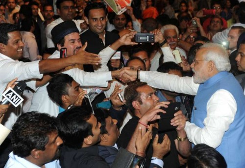 The Prime Minister, Shri Narendra Modi interacting with the people after his address at the Community Reception, at Allphones Arena, in Sydney, Australia on November 17, 2014.