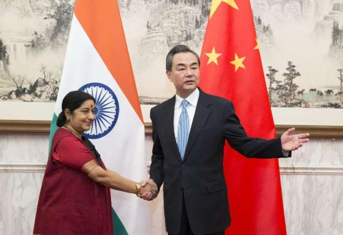 Chinese Foreign Minister Wang Yi meets with his Indian counterpart Sushma Swaraj in Beijing, China, Feb. 1, 2015.