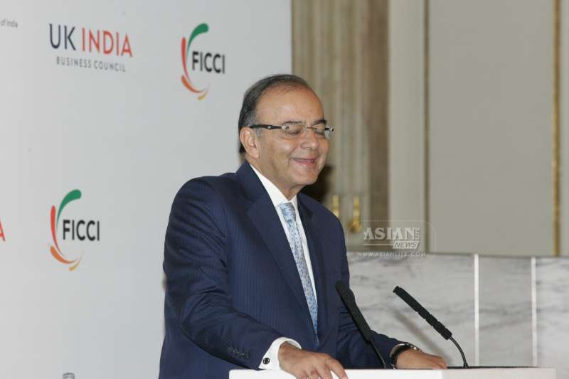 Indian Finance Minister Arun Jaitley addressing the India Investors Meet in London
