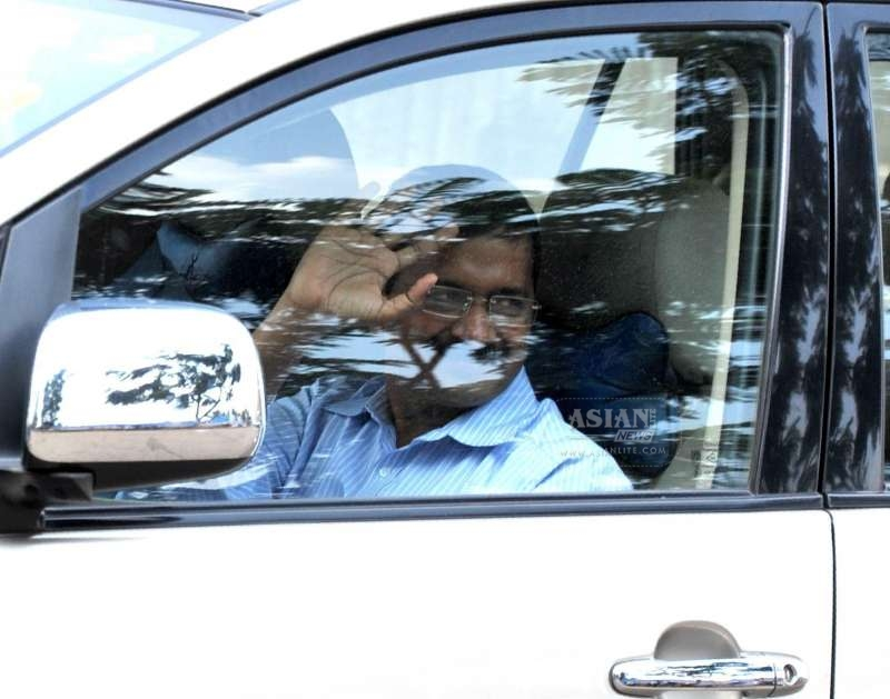 elhi Chief Minister Arvind Kejriwal arrives at Jindal Naturecure Institute on Tumkur Road, where he will be spending 10 days for treatment of his cough and high blood sugar treatment, in Bengaluru on March 5, 2015.