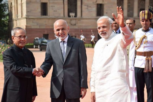 Mohammad Ashraf Ghani, President of the Islamic Republic of Afghanistan being received by President Pranab Mukherjee and Prime Minister Narendra Modi during ceremonial reception at Rashtrapati Bhavan in New Delhi on April 28, 2015.