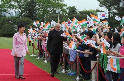 Prime Minister Narendra Modi during the ceremonial welcome in his honour, at the President`s Official Residence, Cheong Wa Dae, in Seoul, South Korea on May 18, 2015