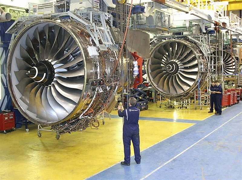 Rolls-Royce jet engine under production