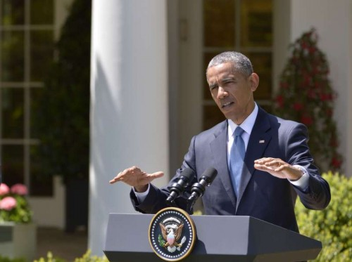 U.S. President Barack Obama speaks during a joint news conference with Japanese Prime Minister Shinzo Abe(not seen) in the White House in Washington D.C., the United States, April 28, 2015. U.S. President Barack Obama said on Tuesday there is no excuse for that kind of violence that occurred in Baltimore, the largest city of U.S. State of Maryland, in the past days.