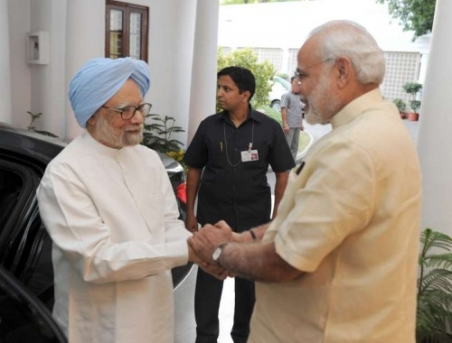 The former Prime Minister, Dr. Manmohan Singh calling on the Prime Minister, Shri Narendra Modi, in New Delhi on May 27, 2015.