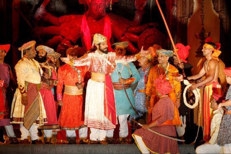 London will soon see the exuberant stage show displaying Indian king Shivaji's greatness and valour in the play 'Jaanta Raja' at SSE Wembley Arena on 20 and 21 June