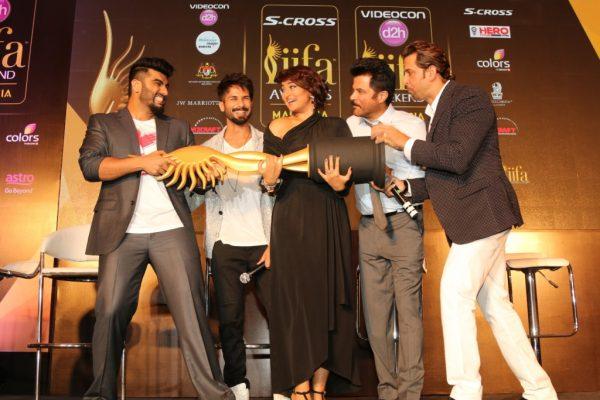 Arjun Kapoor, Shahid Kapoor, Sonakshi Sinha, Anil Kapoor and Hrithik Roshan at the IIFA PC in Mumbai