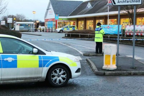 Police at Tesco in Mold, North Wales. Photo Credit: Walesonline