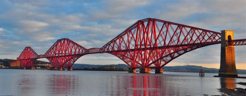 Forth Bridge in Scotland - the largest of its type in the world - was completed in 1890 to carry trains over the Forth River and is still in use today
