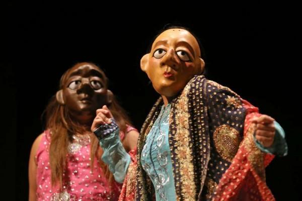 Asian Youth Theatre Photo:Jonathan Hipkiss