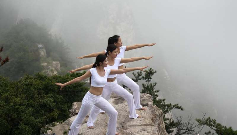 Reaching great heights in a country with its own health practices (Courtesy: Chinanews.com)
