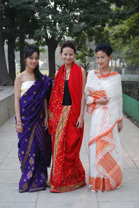 Azi, Mercy and Kuvelu