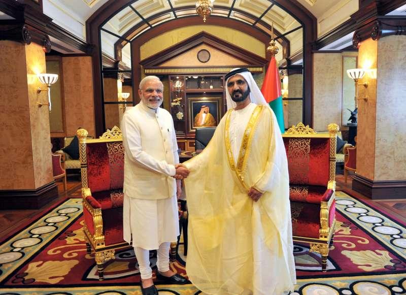 Modi with Vice-President and Prime Minister of UAE, HH Mohammed bin Rashid Al Maktoum, in Dubai2