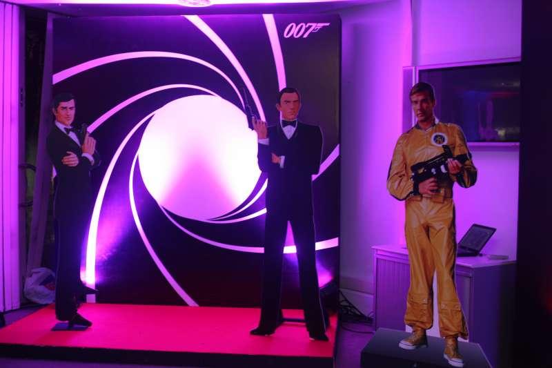 Bond Promo -