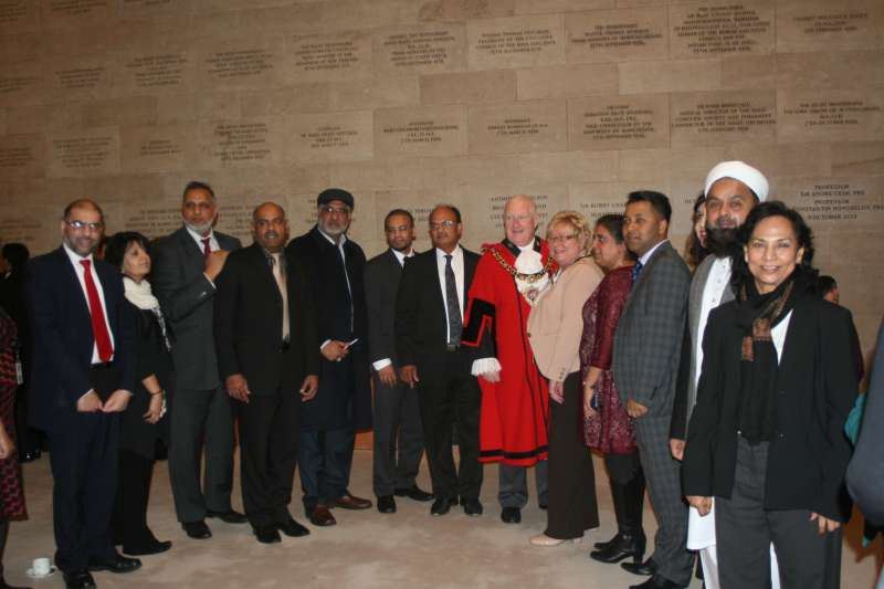 Ashit Sinha and Dr Saraswati Sinha with other dignitaries at the event
