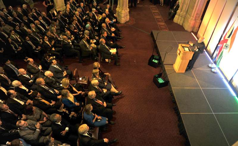 Modi addressing the City of London at Indo-UK Business Meeting in The Old Library, at Guildhall, London 1