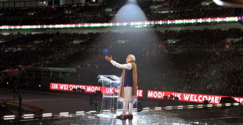 Modi addressing the diaspora at Wembley