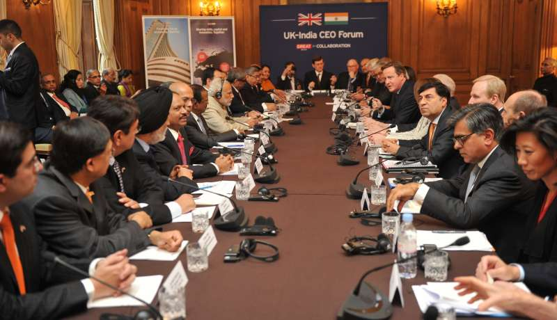 Cameron and Modi along with the CEOs at the meeting